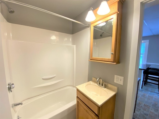 44 Saunders Street North Andover MA 01845