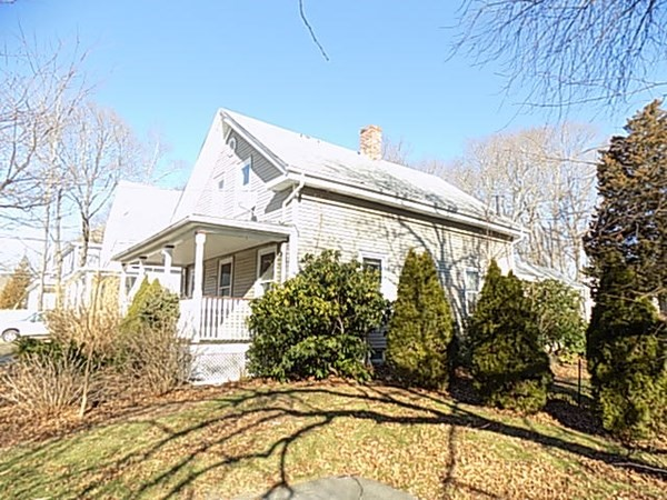 13 Courtland Street Middleboro MA 02346