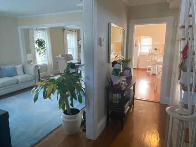 8 River Street Place Lynn MA 01905