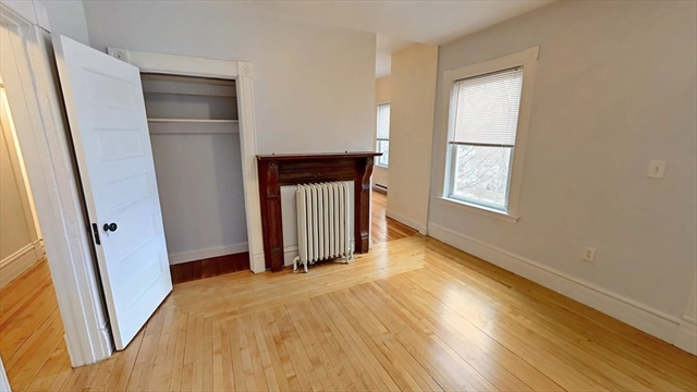 72 Grampian Way Boston MA 02125