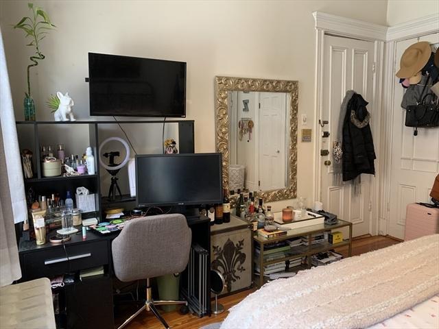 66 West Cedar Street Boston MA 02114