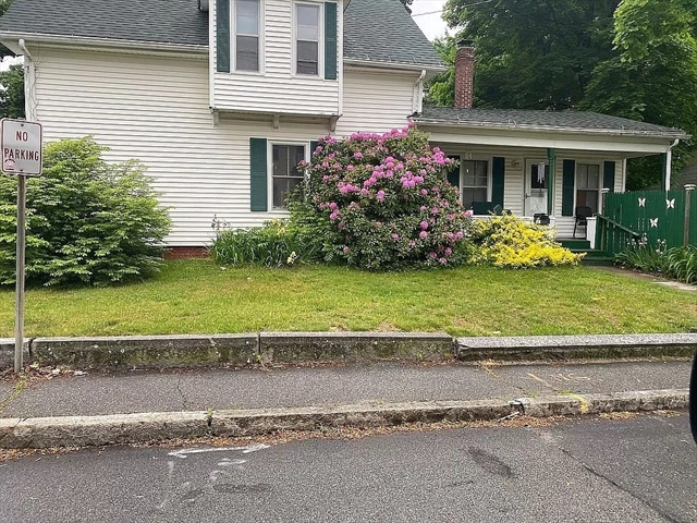 24 Elm Street Webster MA 01570