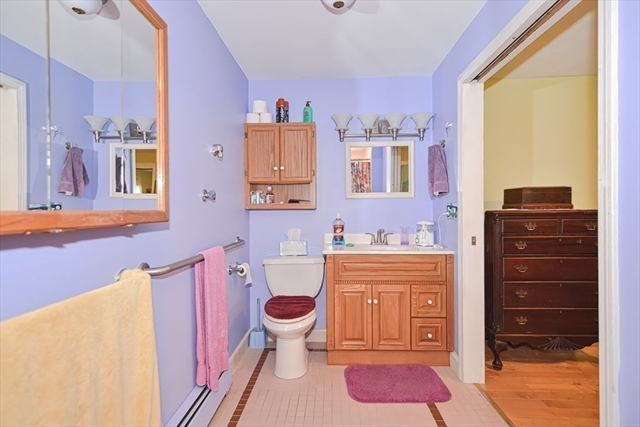 53 Baker Street Holliston MA 01746