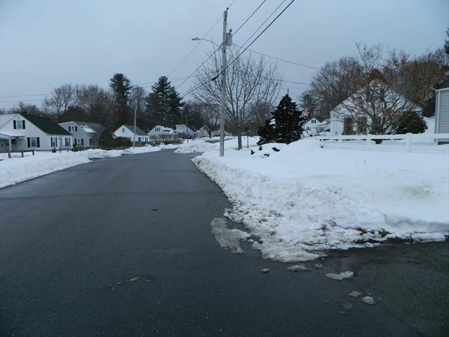 8 Inwood Road Auburn MA 01501