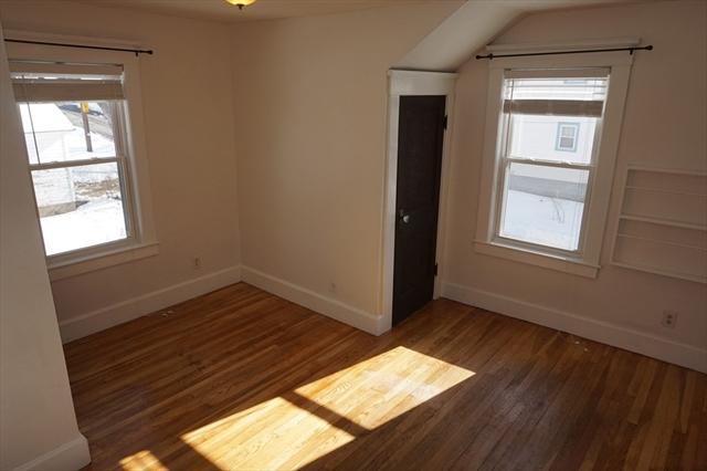 74 Foster Street Lowell MA 01851