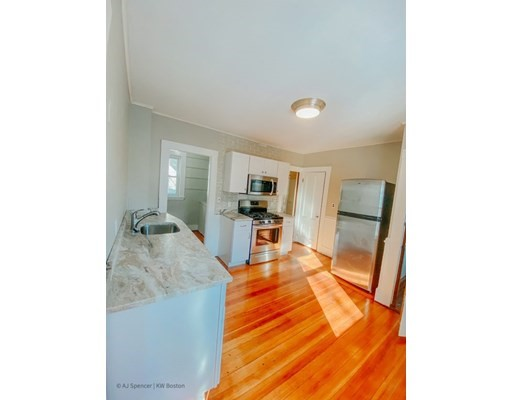 Pictures of  property for rent on Fellsway E, Malden, MA 02148
