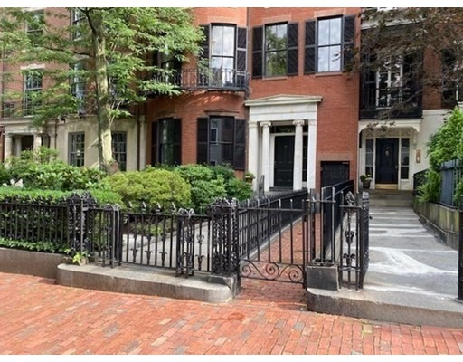 6 Beds, 4 Baths home in Boston for $6,300,000
