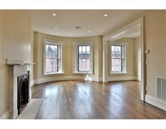 121 Pembroke Street Boston MA 02118