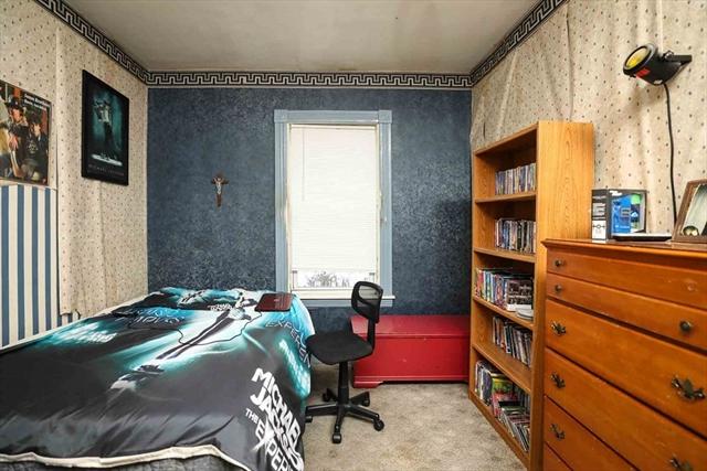 13 Waverly Street Worcester MA 01604