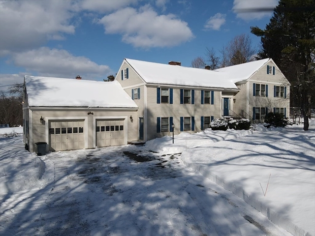9 Robinson Road Westford MA 01886