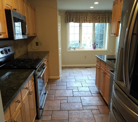 17 Highland Court Needham MA 02492