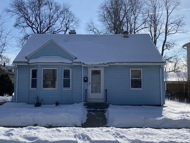 33 Farnsworth Street Springfield MA 01107