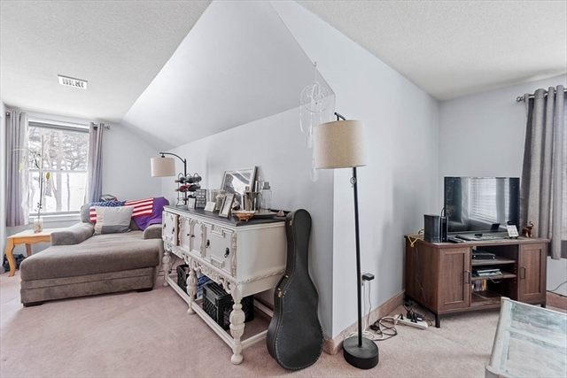 1029 Pleasant Street Worcester MA 01602