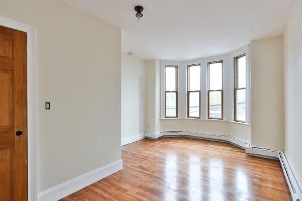 220 Saratoga Street Boston MA 02128