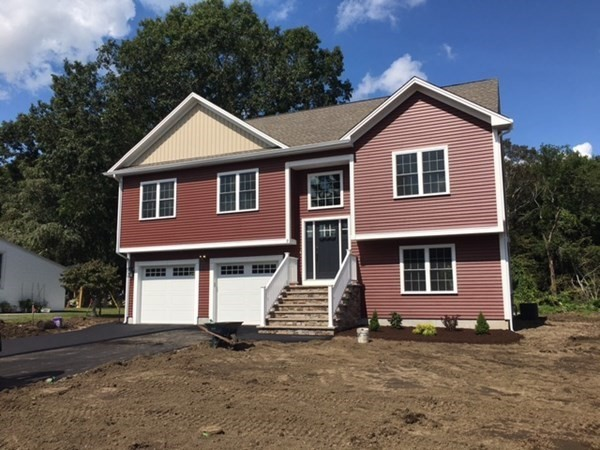 9 Westwood Drive Dartmouth MA 02747