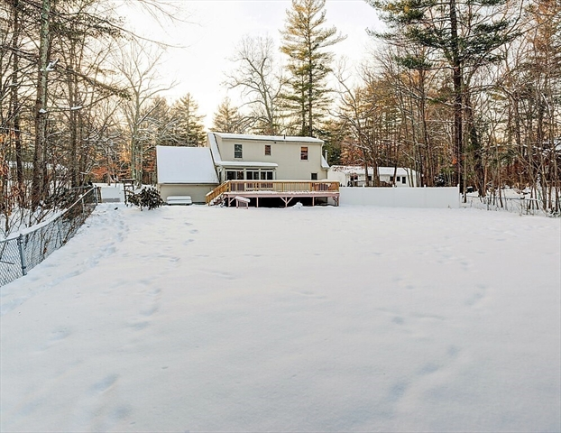 45 Apple Road Brimfield MA 01010