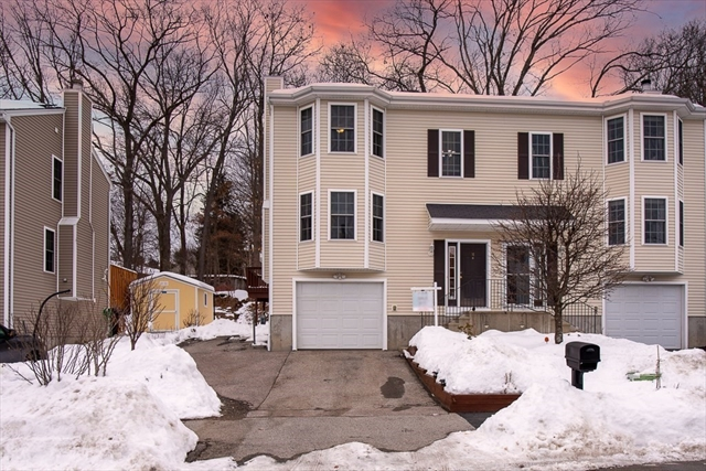 16 Lilac Worcester MA 01607