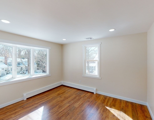 4 Fairland Street Lexington MA 02421