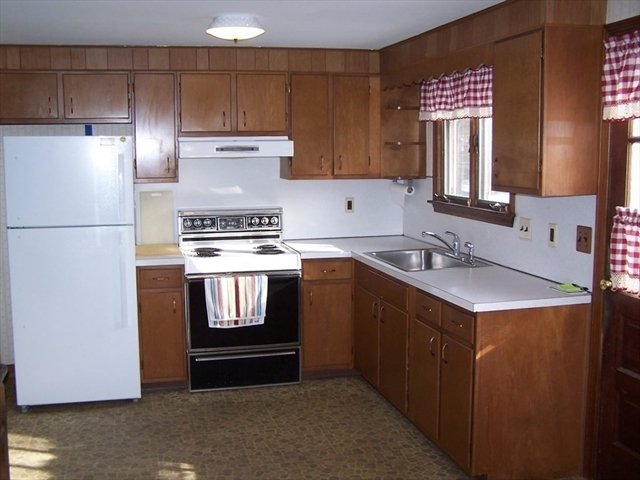 75 Highland Avenue E Braintree MA 02184