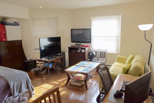 64 Commonwealth Avenue Boston MA 02116