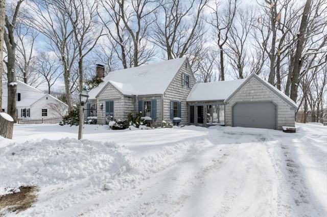2 Colonial Road Auburn MA 01501
