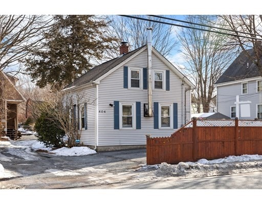 2 Beds, 1 Bath home in Attleboro for $279,900