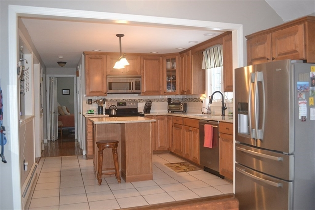 25 Riverview Drive Bridgewater MA 02324