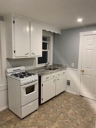 102 Central Street Rockland MA 02370