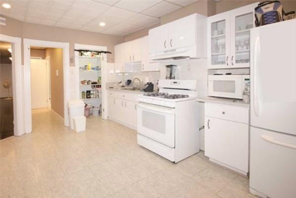 63 Frankfort Street Boston MA 02128