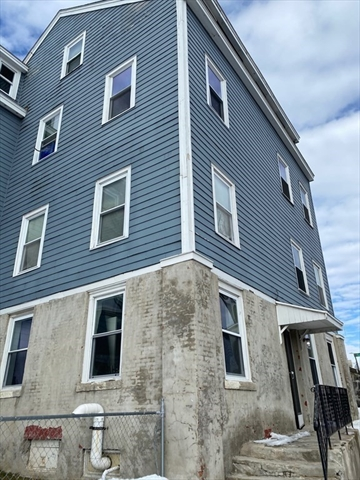 21 Sycamore Street Worcester MA 01608