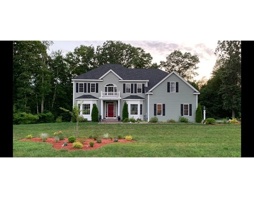 5 Beds, 4 Baths home in Ashland for $937,900