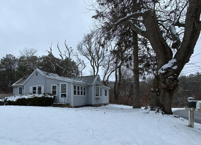 67 Bettys Pond Road Barnstable MA 02601