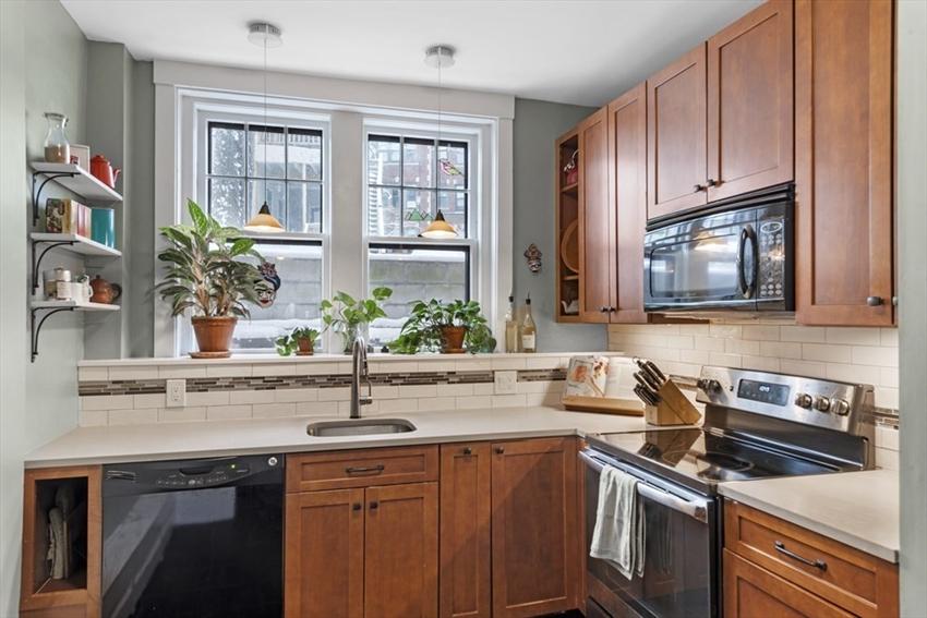 155 Strathmore Rd, Boston, MA Image 9