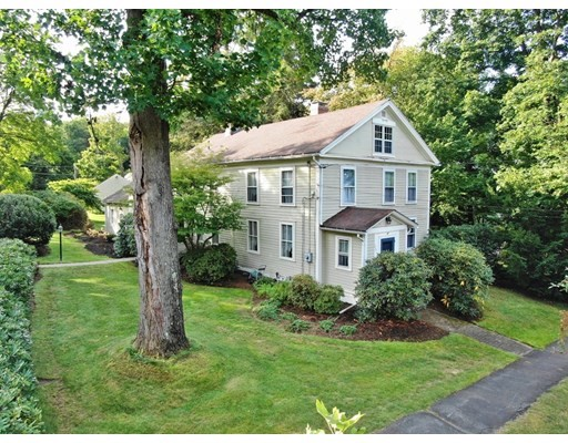 4 Beds, 2 Baths home in Amherst for $665,000