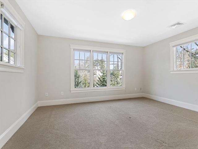 1589 Beacon Street Newton MA 02468