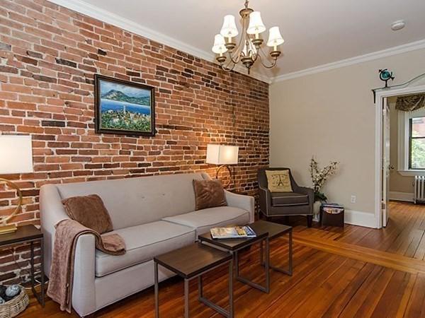 33 Myrtle Street Boston MA 02114