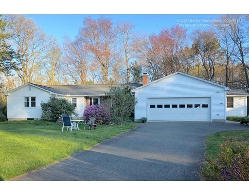 6 Beds, 3 Baths home in Amherst for $469,000