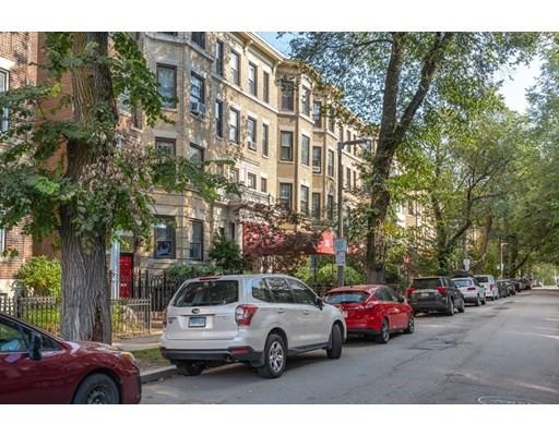 35 Queensberry St #20, Boston, MA 02215