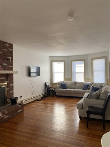 554-D Dartmouth Street Dartmouth MA 02748