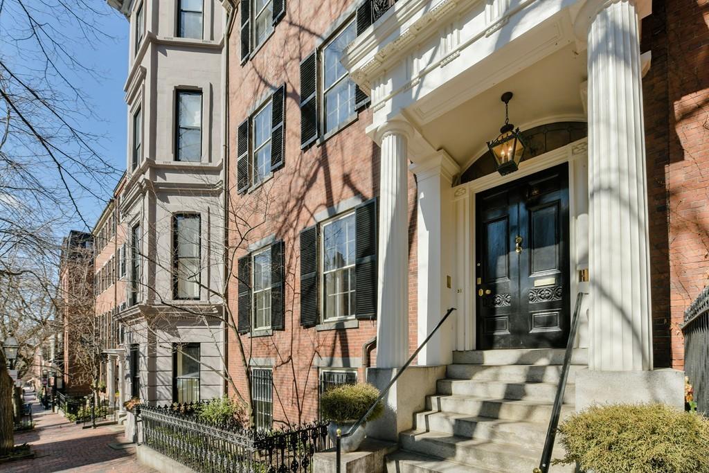 Photo of 31 Chestnut Street Boston MA 02108