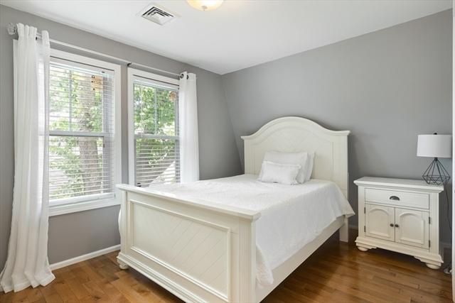 10 Whitlowe Road Newton MA 02465