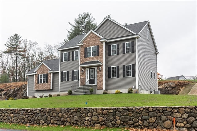 41 FIELDSTONE Lane Billerica MA 01821