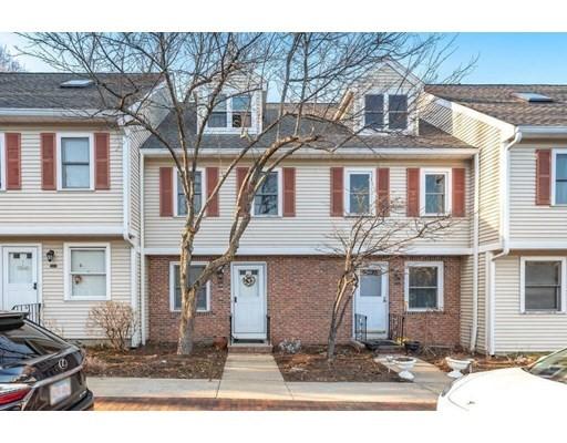 73 Grew Ave Unit B, Boston - Roslindale, MA 02131
