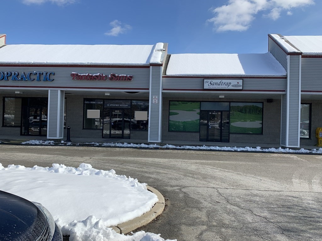 3 Spaces total of 5,400 SF Spaces can be combined. * Unit 2 /2,000 SF *  Unit 8 / 1,400 SF  *  Unit 9 / 2,000 SF