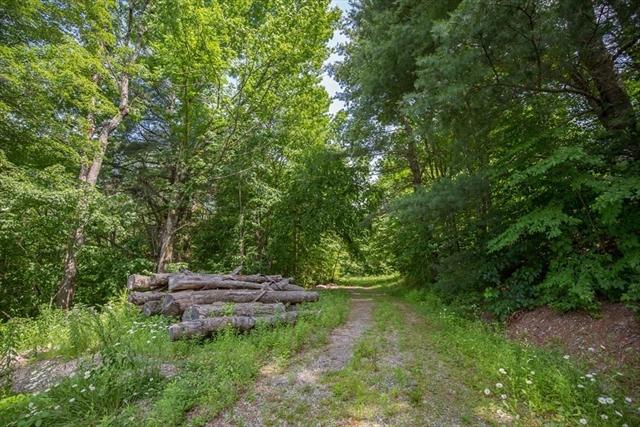 1542 Main Road Granville MA 01034