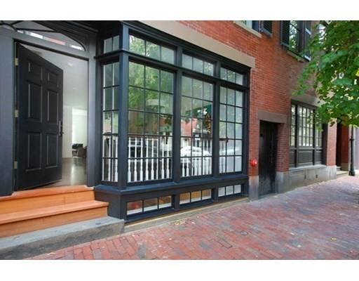 86 Chestnut St, Boston, MA 02108