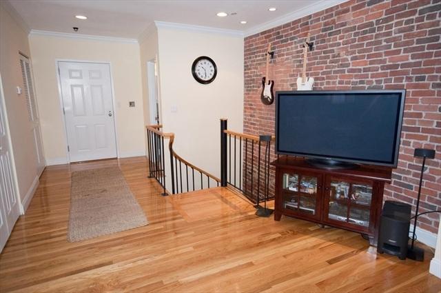 102 Gainsborough Street Boston MA 02115