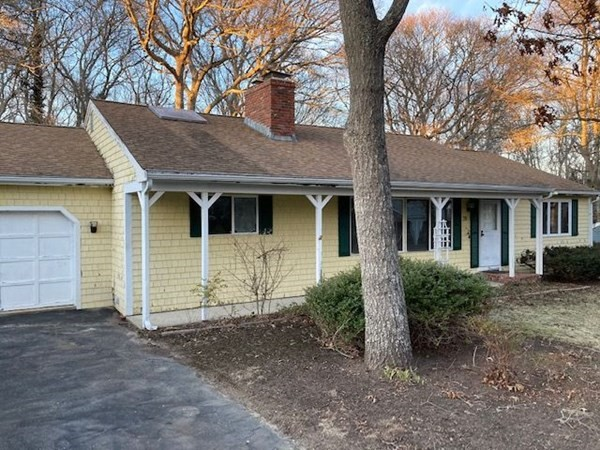 28 Sterling Road Barnstable MA 02601