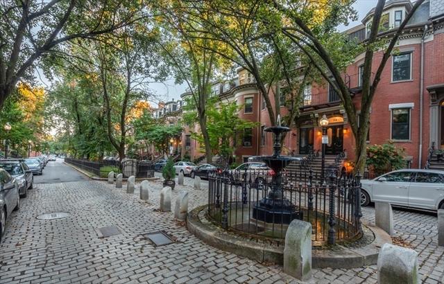 18 Concord Square Boston MA 02118