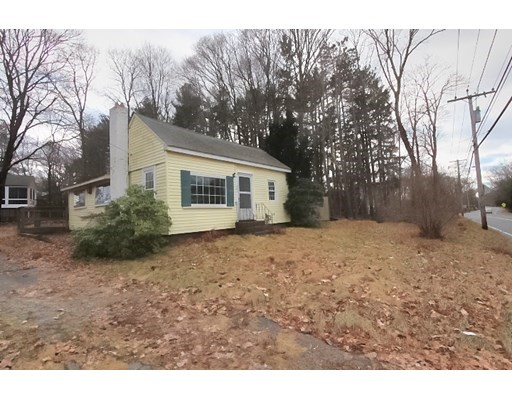 2 Beds, 1 Bath home in Attleboro for $189,000